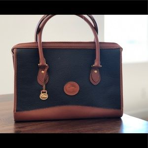 Cute Vintage Dooney & Bourke handbag